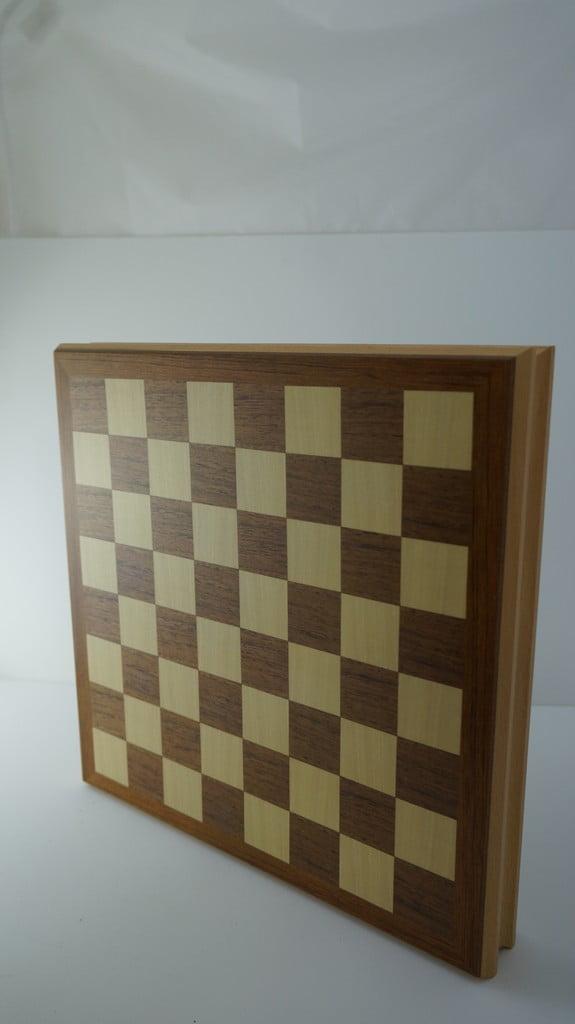 Σκάκι ξύλινο με κρυφό συρτάρι για τα πιόνια - 1